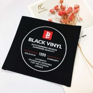 Customized black end fold woven clothing tag