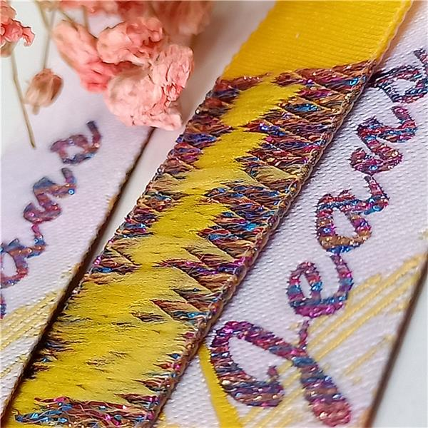 sew on name label 1